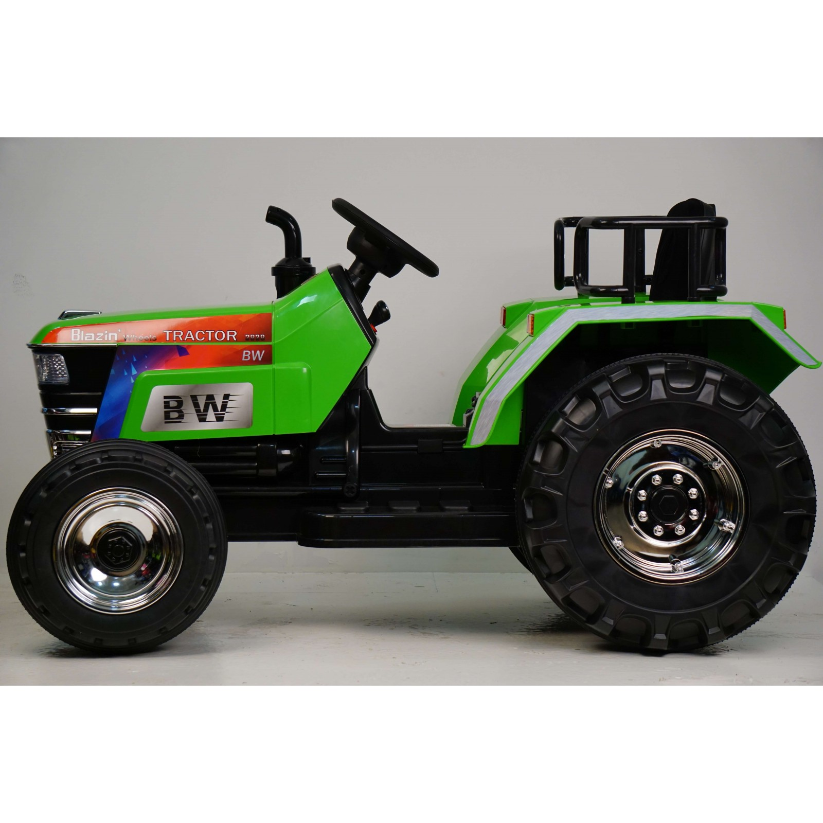 Детский трактор O030OO